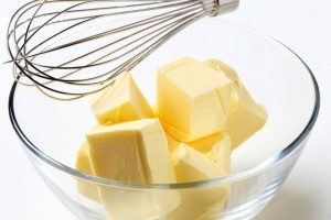 Autoproduzione: il burro fatto in casa