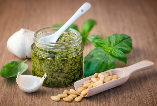 ricetta-pesto-genovese-fai-da-te-autoproduzione-risparmiare