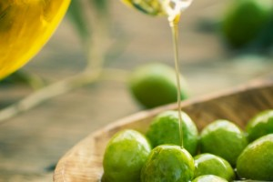 Come usare l'olio extra vergine di oliva sulla pelle