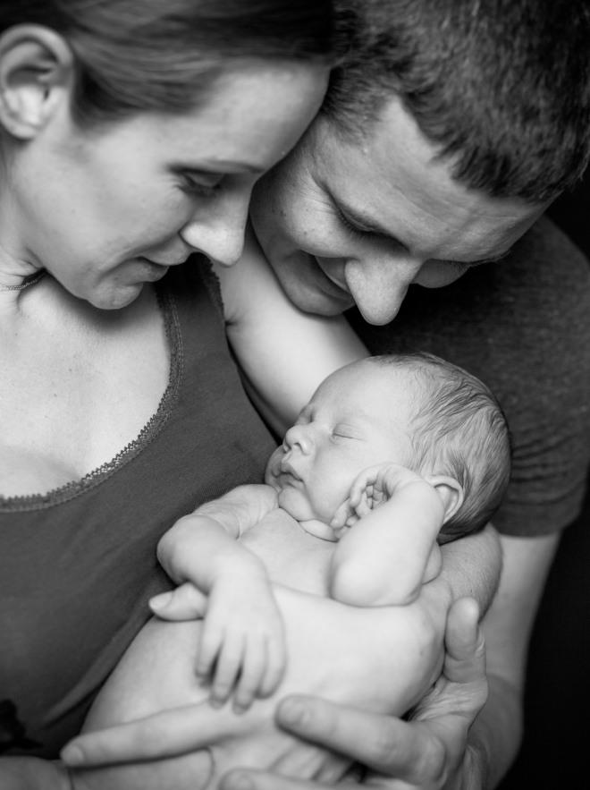 congedo-parentale-maternita-facoltativa-mamme-papa-stipendio-neonato