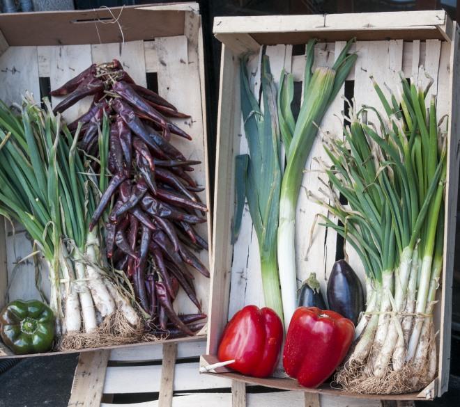 cucinare-con-gli-scarti-di-frutta-verdura-cucina-degli-avanzi