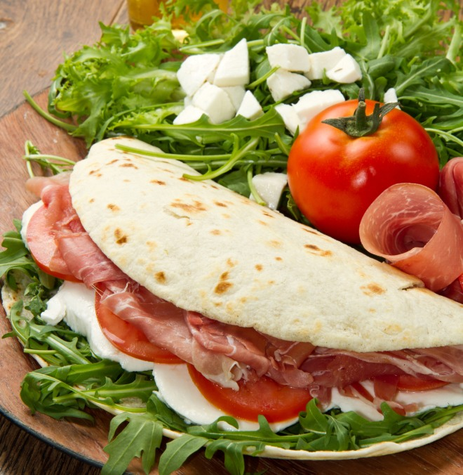 mangiare-fuori-risparmiare-vacanza-ricette-senza-cottura-no-fornelli
