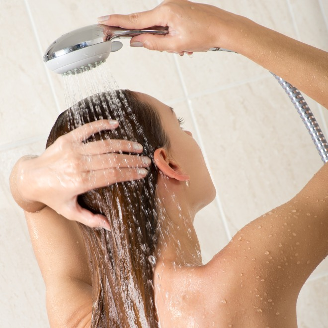 risparmiare-acqua-soldi-in-casa-con-la-doccia-rompigetto-soffioni