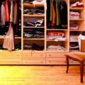 come-evitare-cambio-stagione-armadio-guardaroba
