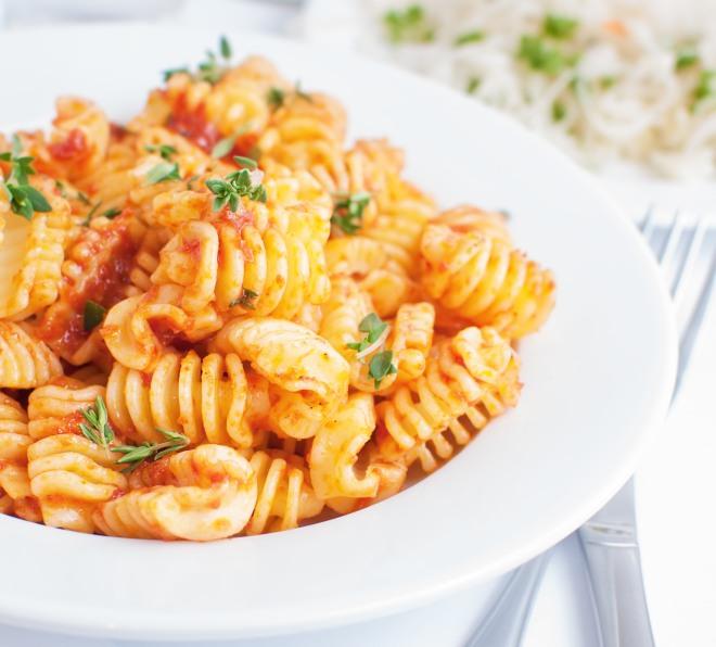 15 ricette per cucinare sporcando una sola pentola for Cucinare con 2 euro al giorno pdf