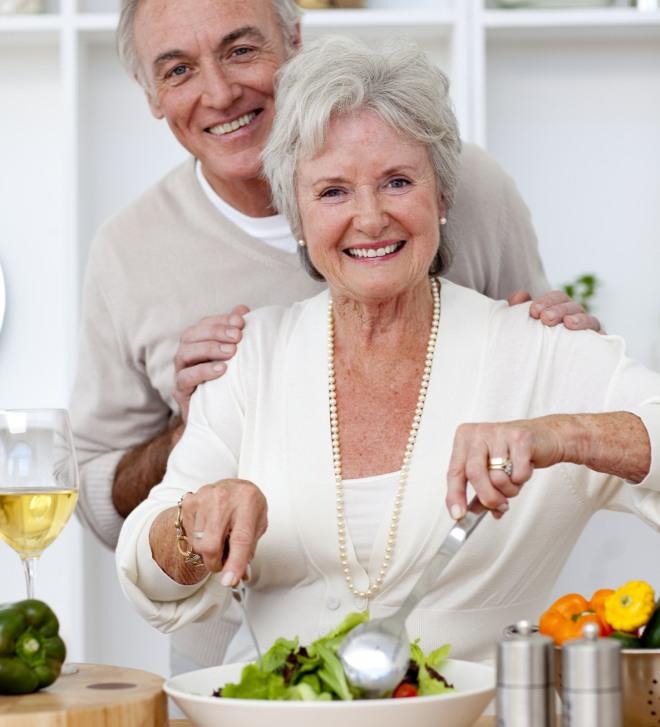 Persone anziane mangiare bene in due con 5 euro al giorno for Cucinare con 5 euro al giorno