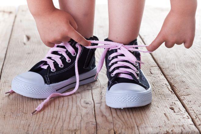 come-togliere-cattivi-odori-puzza-dalle-scarpe