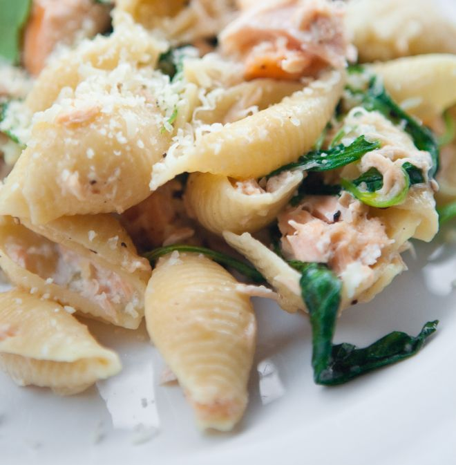 primi-piatti-veloci-pasta-salmone-spinaci
