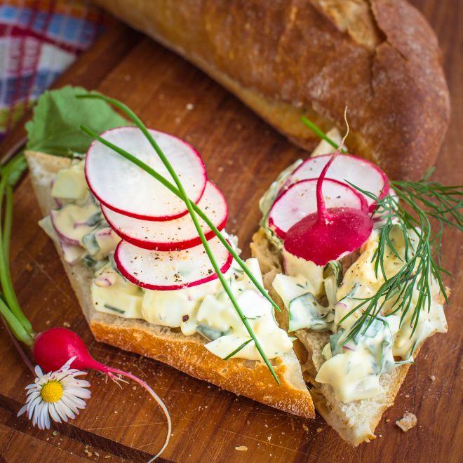 mangiare-con-meno-di-5-euro-insalata-di-uova-sode-mela