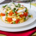 mangiare-con-meno-di-5-euro-insalata-di-uova-sode-piselli-carote