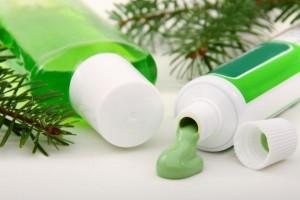 Come fare il dentifricio in casa e risparmiare