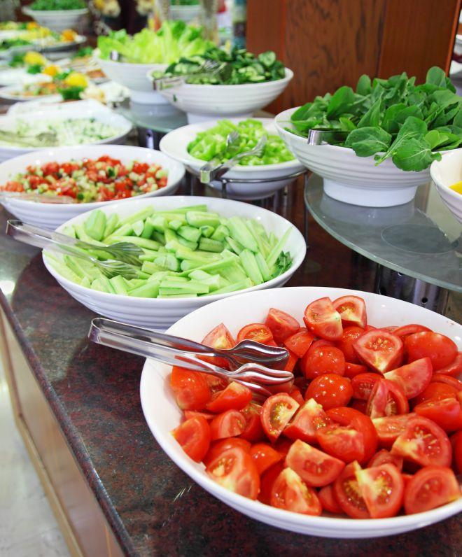 buffet-di-matrimonio-fatto-in-casa-insalate