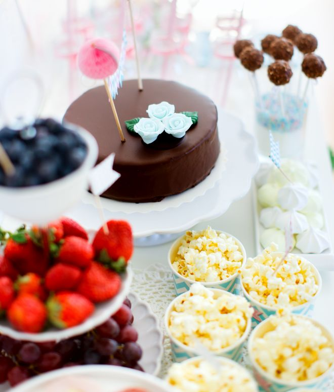 matrimonio-economico-risparmiare-buffet-dolce