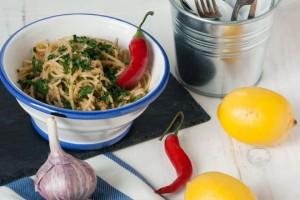 ricette-povere-per-risparmiare-pasta-spaghetti-con-la-mollica