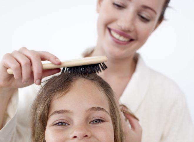 come-pulire-le-spazzole-per-capelli