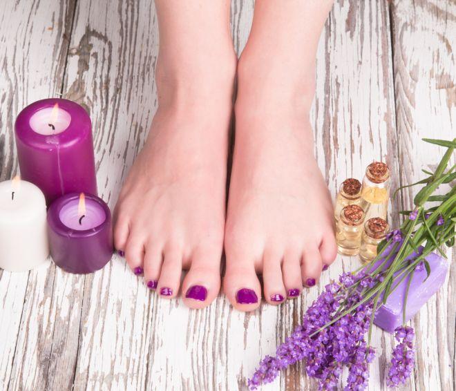 piedi-cattivo-odore-come-togliere-puzza-in-modo-naturale