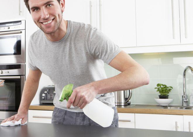 salviette-igienizzanti-faidate-per-le-pulizie-di-casa-risparmiare