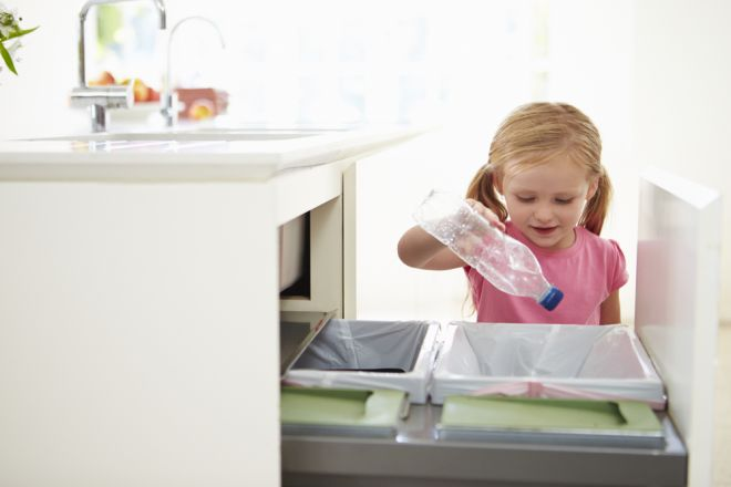 Come eliminare il cattivo odore dalla spazzatura - Contenitori spazzatura casa ...