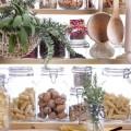 come-eliminare-debellare-tignole-farfalline-dalla-dispensa-alimenti-barattoli-farina-pasta