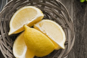 Pulire con il limone: 15 idee