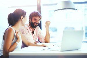 Lavoro con voucher: conviene? Pro e contro