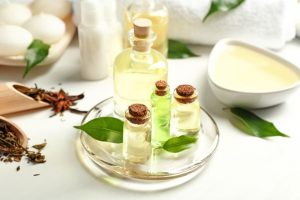 10 rimedi naturali con Tea Tree oil o Melaleuca