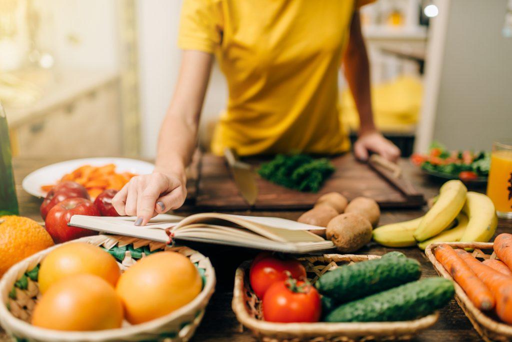 Come scegliere frutta e verdura e tutti i segreti per cucinarle