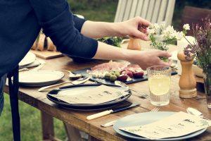 Galateo come ricevere gli ospiti