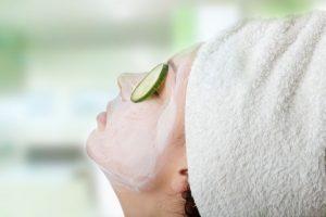 Maschere viso fai da te con l'uovo per tutti i tipi di pelle