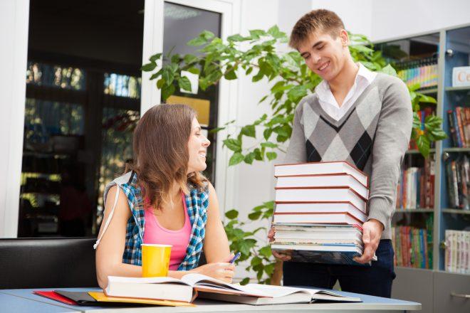 Come risparmiare sul materiale universitario