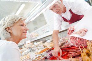 Over 60 e spesa intelligente: come risparmiare al supermercato
